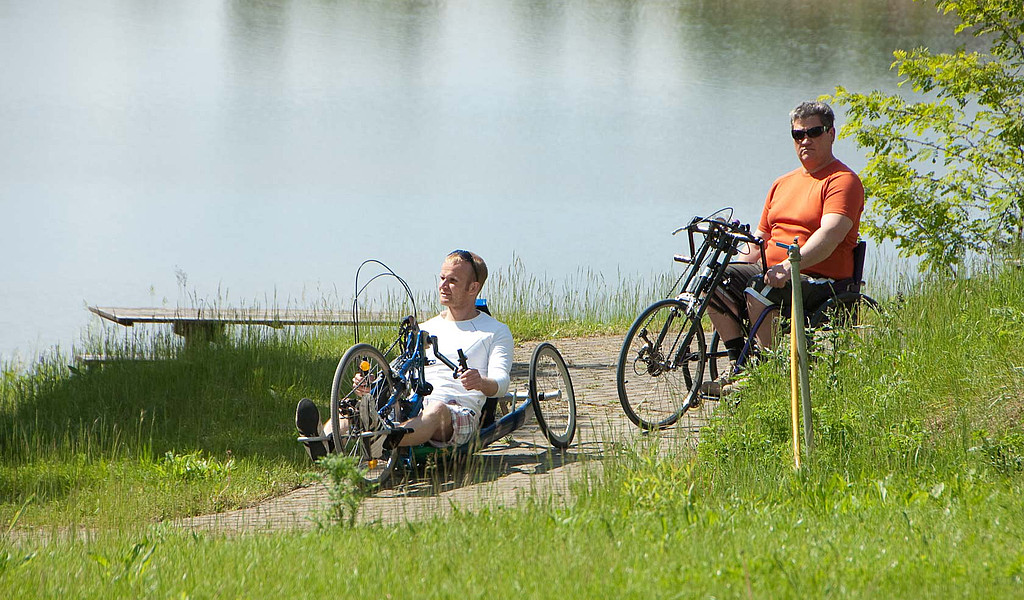 Mit dem Handbike das Ruppiner Seenland erkunden.
